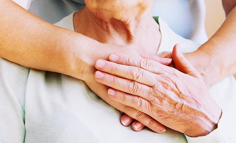 Les soins palliatifs sont des soins actifs pour une approche globale de la personne